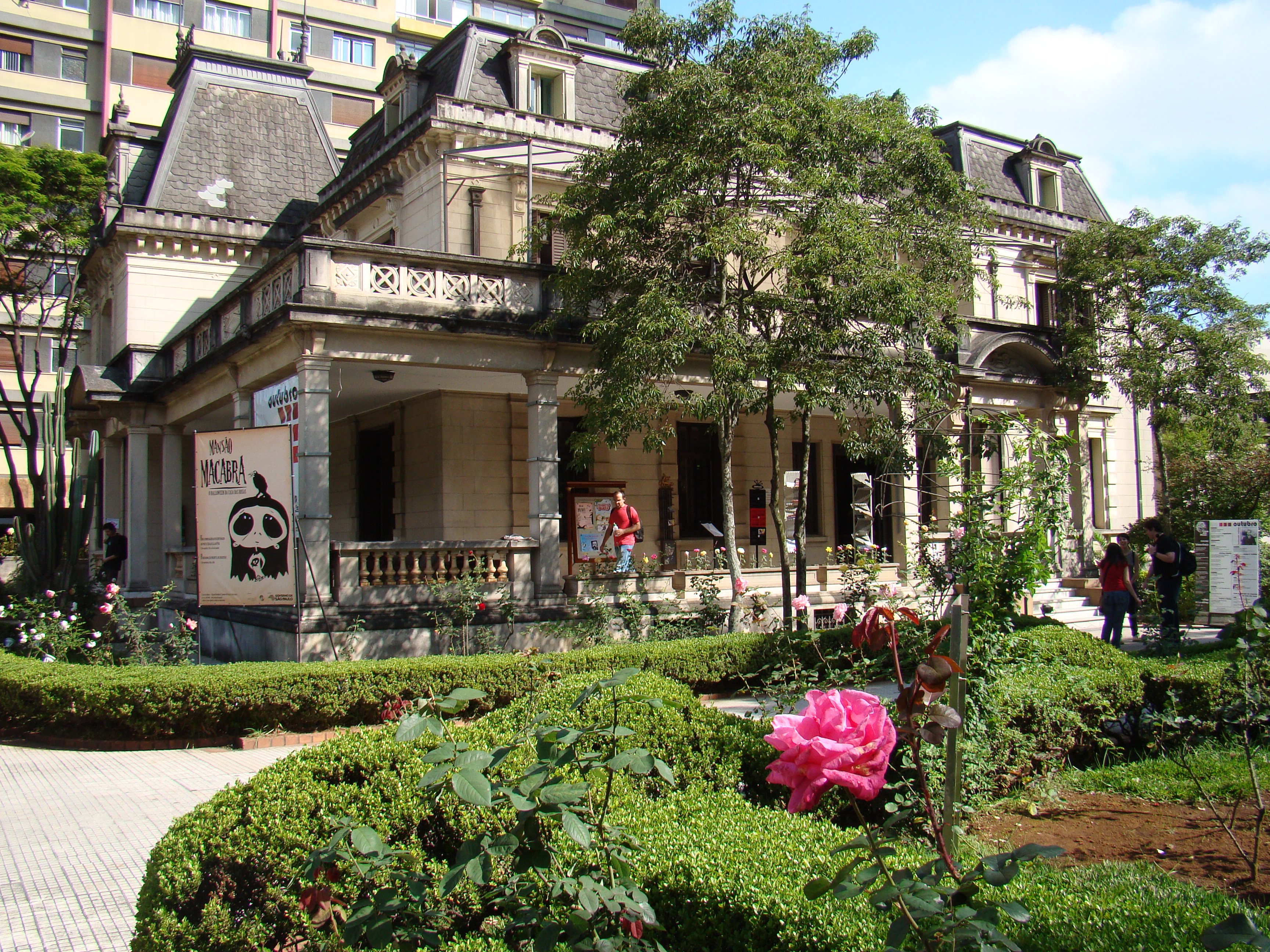Casa das Rosas